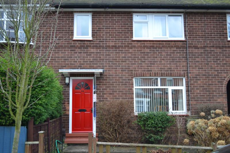 Mapperley, NG3 5FW